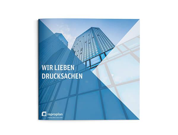 Produktbild einer quadratischen Broschüre von Reproplan